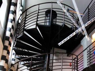 Schody kręcone wewnętrzne Atrium Grand