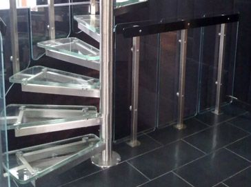 Schody kręcone Atrium System Glass